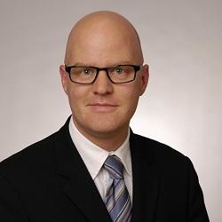 """Hans-Jürgen Huber, Leiter der Business Unit """"Business Customers"""" bei der Gigaset"""