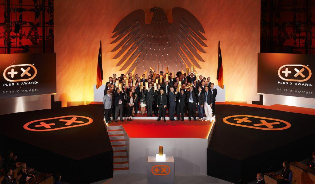 Ein Gruppenbild aller Preisträger des Awards 2014