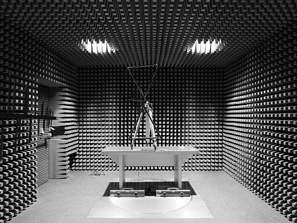 Einblick in das Testlabor für Gigaset GO Telefone