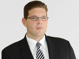 Raphael-Dörr-mit-erweiterten-Aufgaben-bei-Gigaset-AG